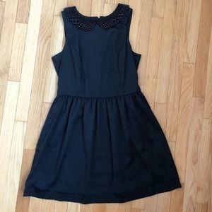 KENSIE black dress with beaded neckline 🖤 Large